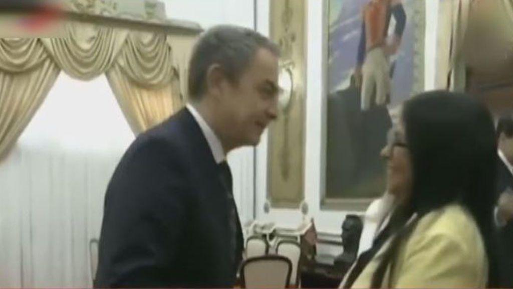 """El Gobierno se distancia de Zapatero y califica su encuentro con Delcy Rodríguez al ámbito """"personal"""""""