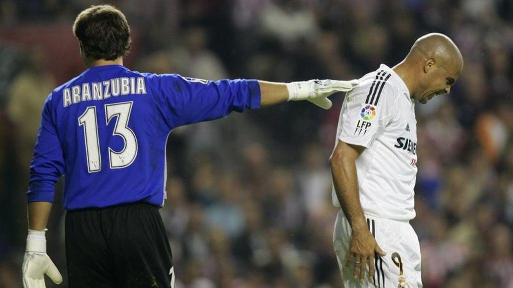 Aranzubia, junto a Ronaldo Nazario