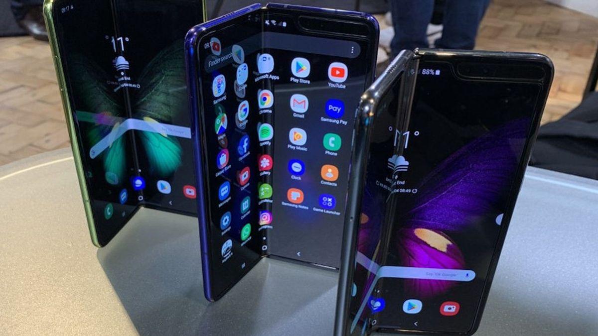 Tecnología 5G en trenes y móviles con pantalla plegable, algunas de las novedades del Mobile World Congress 2020