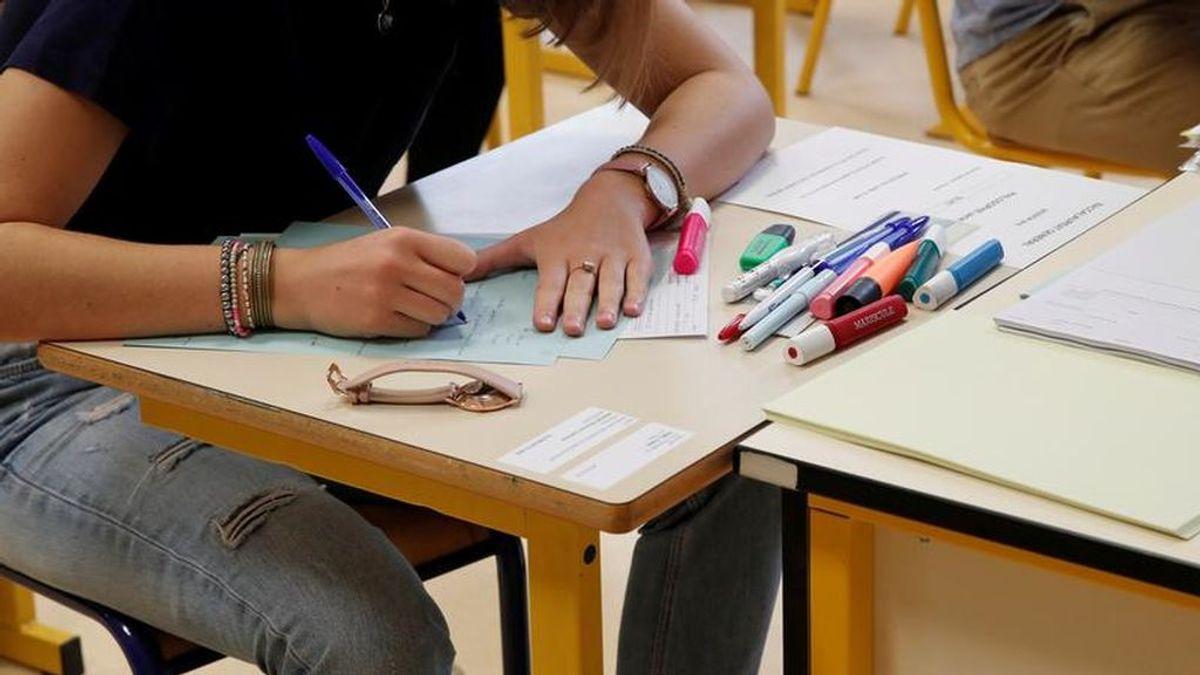 Imaginarse en plena Edad Media: un profesor de Castellón sorprende a sus alumnos con un viral examen