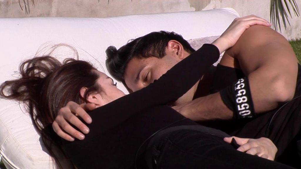 """La conversación más romántica entre Adara y Gianmarco: """"Tenía tantas ganas de besarte"""""""