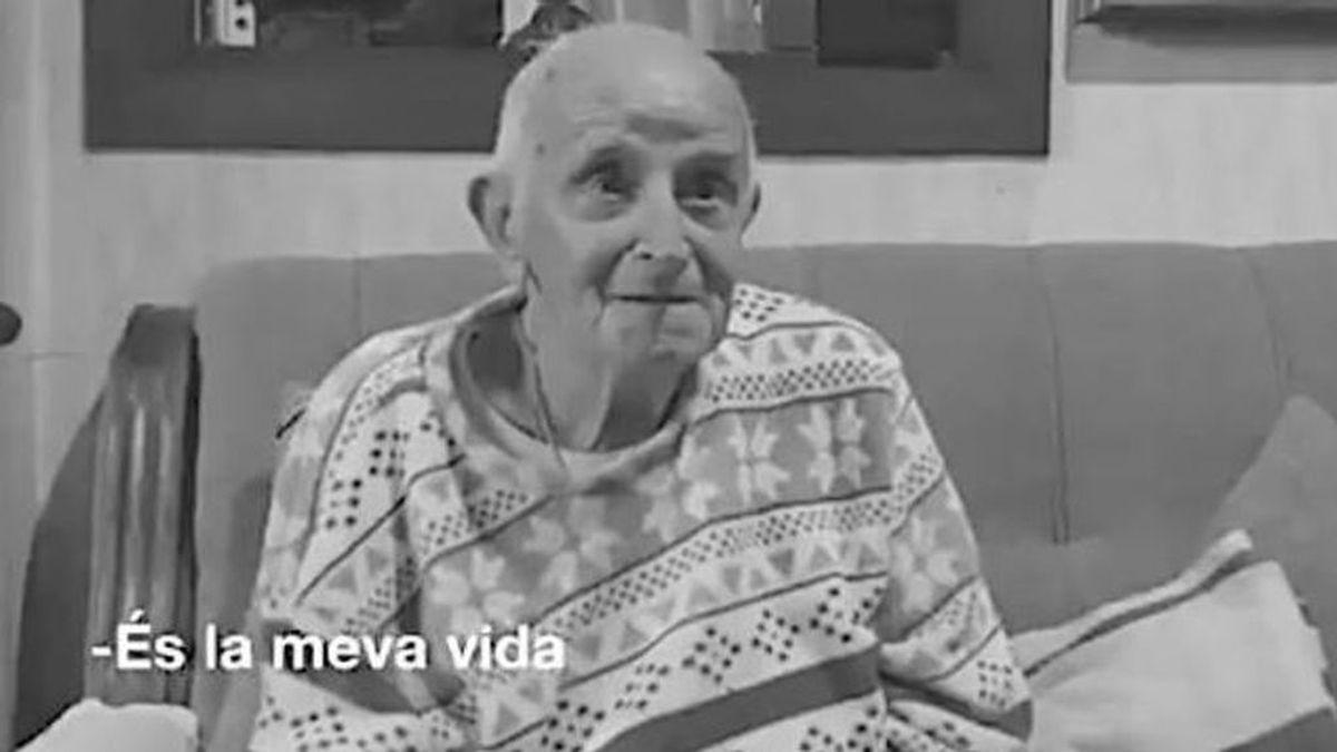 Cinto, de 92 años, paraliza su desahucio de la casa en la que vive desde 1931