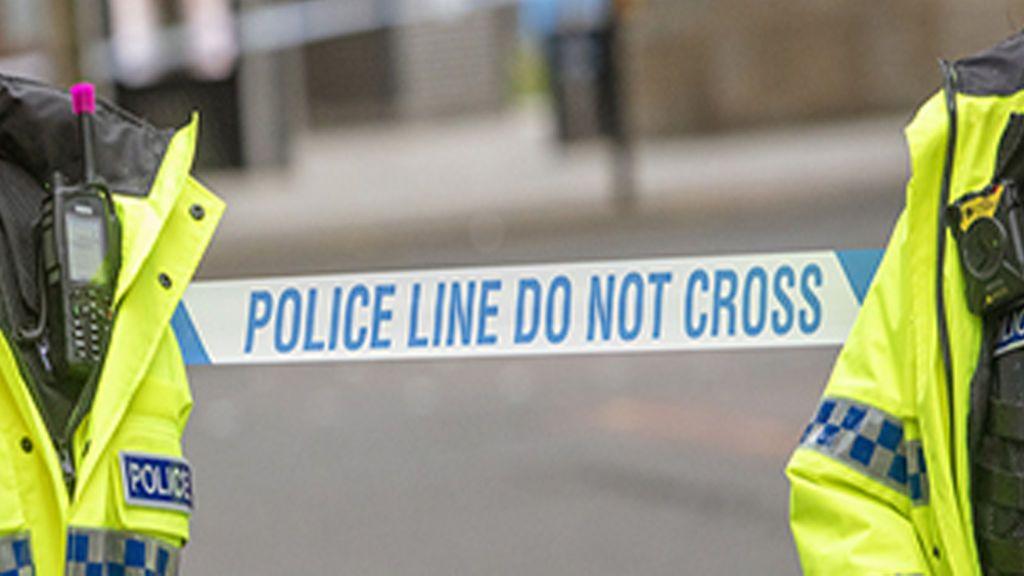Alarma en Manchester por el apuñalamiento a dos personas en plena calle