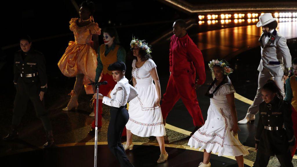 Actuación de Janelle Monae durante la gala de los Premios Óscar