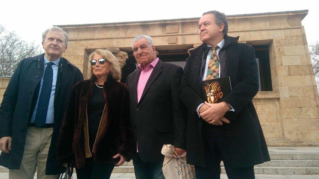 El Templo de Debod se queda en Madrid y el Ayuntamiento se compromete a cuidarlo