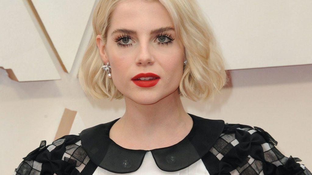 Tendencia Oscar 2020: consigue las pestañas a manojitos que Lucy Boynton ha puesto de moda