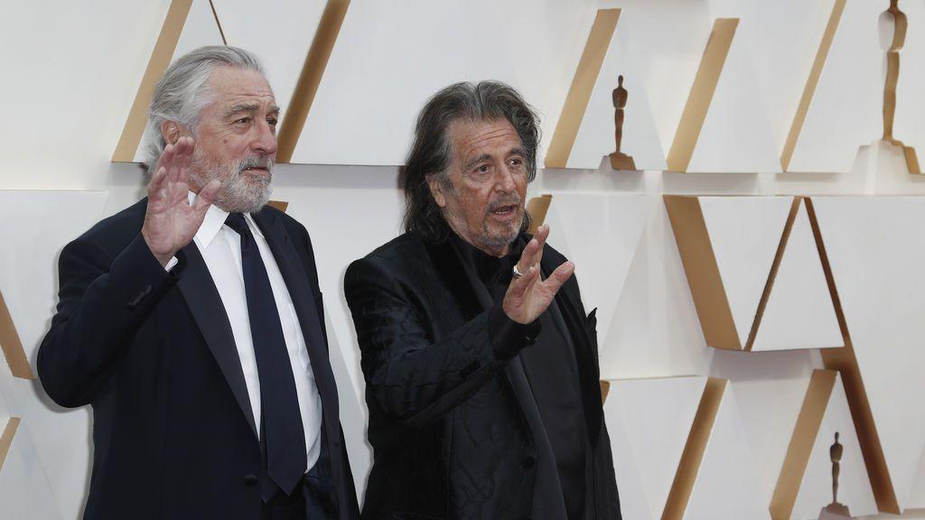 Robert de Niro y Al Pacino posan en la alfombra roja de los Premios Óscar 2020