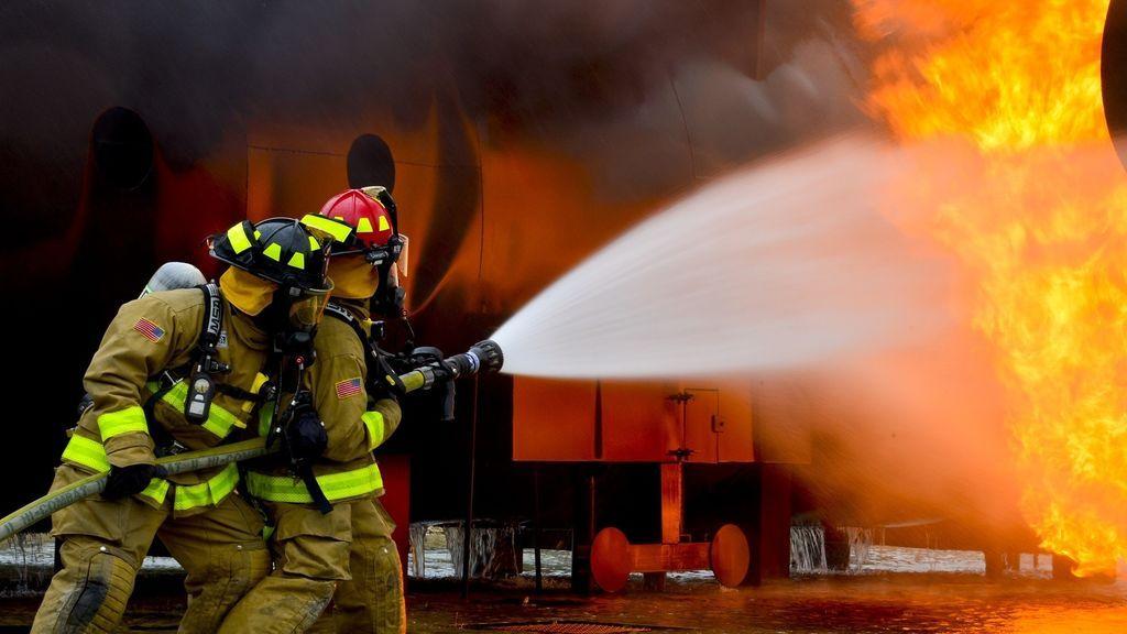 Un día en la vida de un bombero de 48 años: entrenamiento, adrenalina y mucha calma
