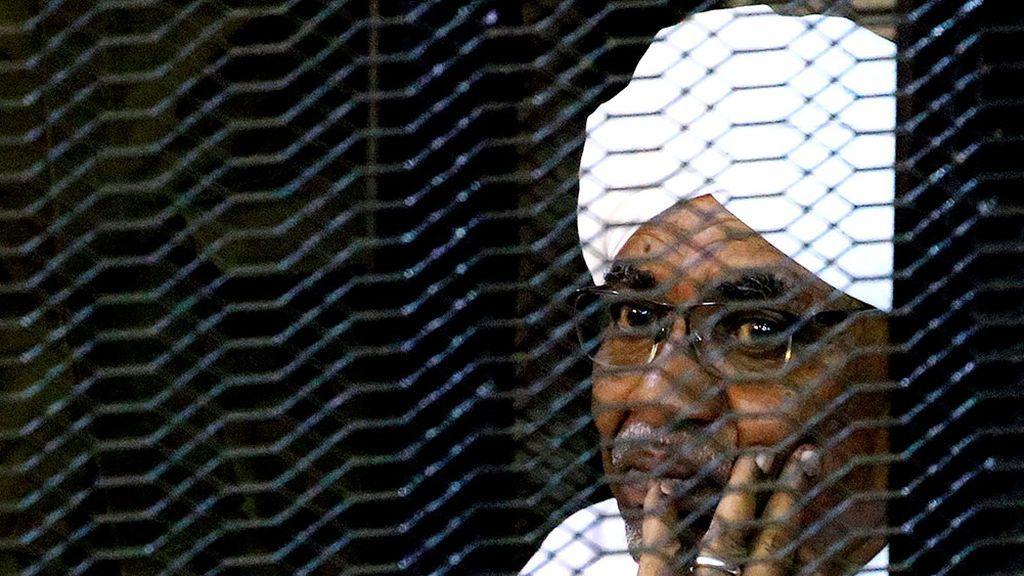 Sudán entregará al expresidente Al Bashir al Tribunal Penal Internacional