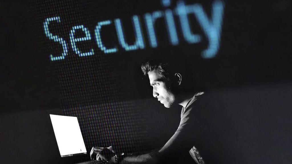 Día de la Internet Segura: 9 de cada 10 usuarios ignoran cómo navegar de forma segura