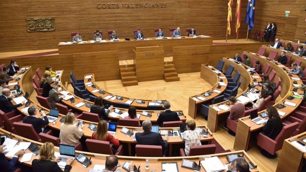 """Las Cortes Valencianas investiga los gastos """"sospechosos"""" de kilometraje de los diputados"""