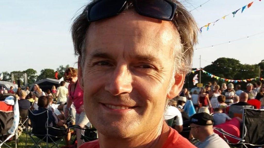 Steve Walsh infectó de coronavirus a 11 personas