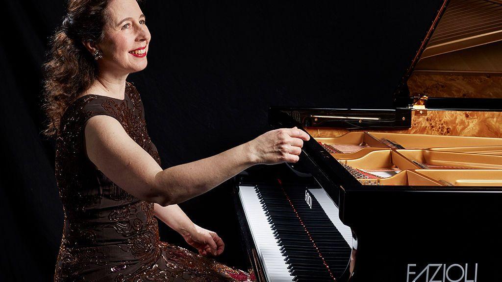 Destrozado en una mudanza el piano de 180.000 euros de la virtuosa Angela Hewitt