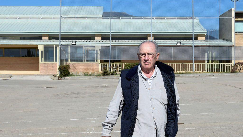 Rodrigo Rato a las puertas de la cárcel de Soto del Real