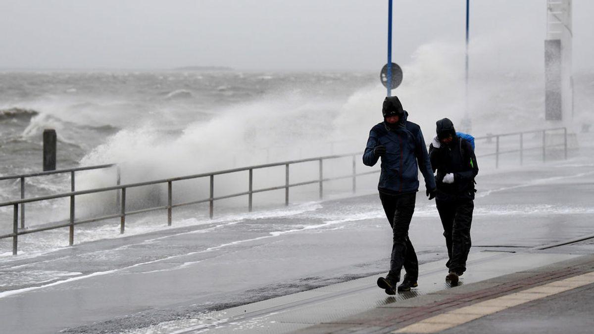 Se forma una nueva borrasca en el Atlántico llamada Dennis: cómo va a afectar a España