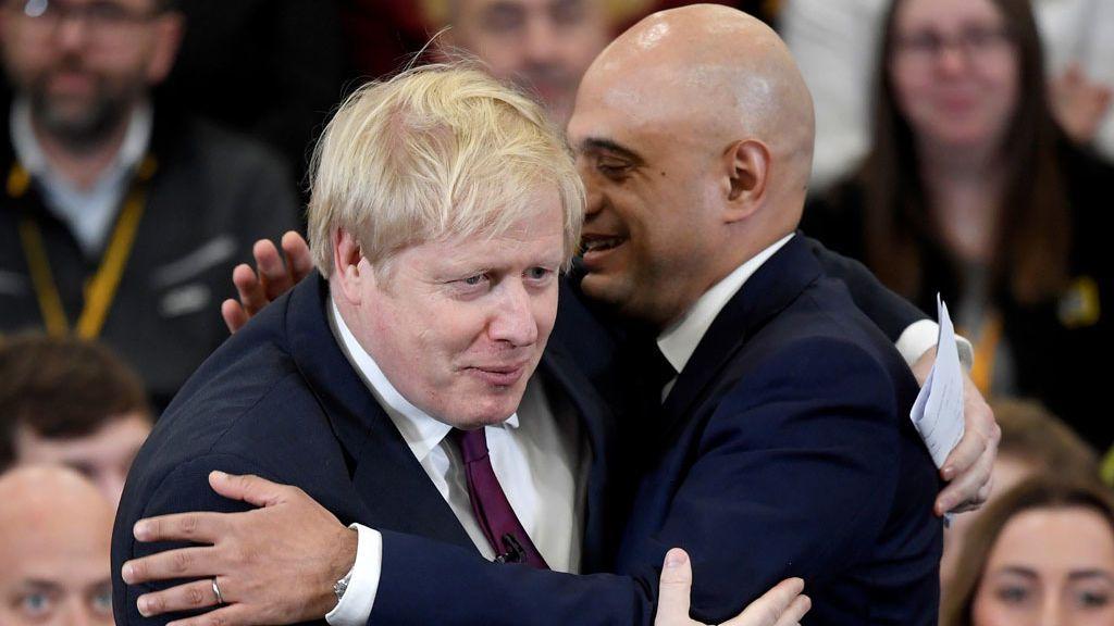 Boris Johnson fuerza la salida del 'número dos' del Gobierno británico y exige lealtad total tras el Brexit
