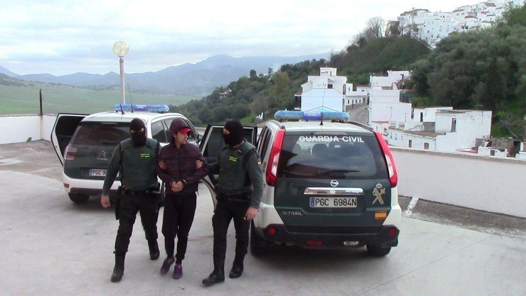 La Guardia Civil vuelve a detener por tráfico de drogas al joven que hizo una peineta en los juzgados de Chiclana