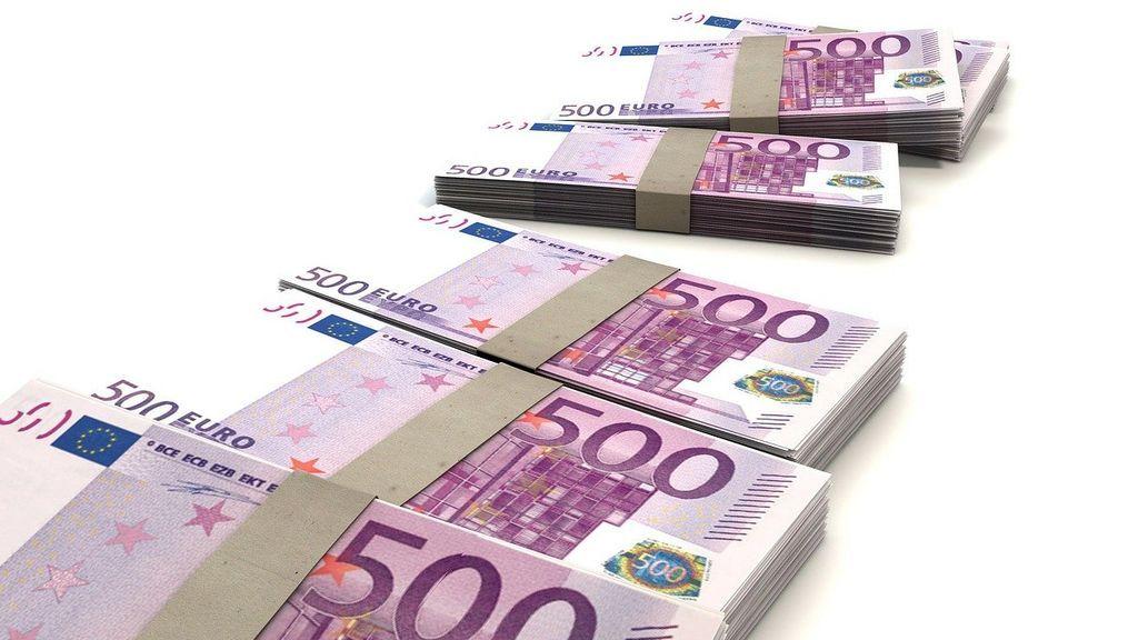 Detenida una mujer por cobrar más de 170 000 euros sin ir ni un solo día a trabajar