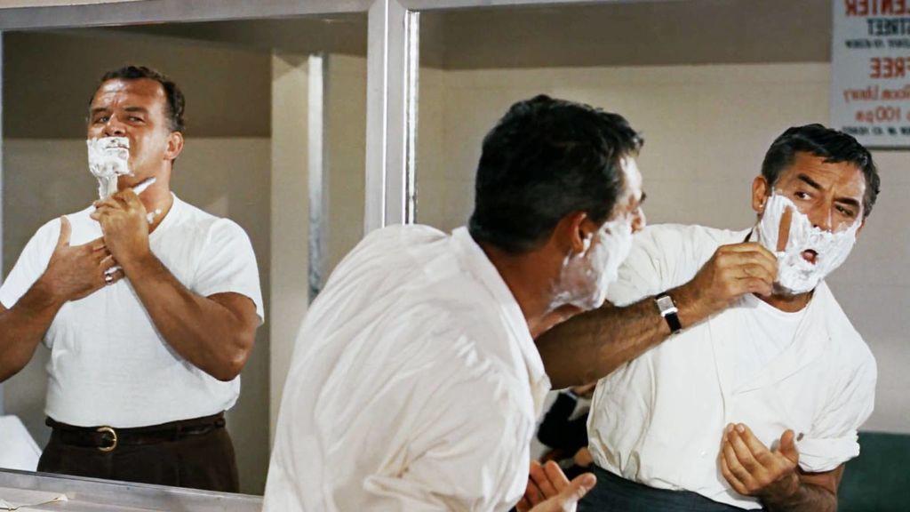 Cuchillas en mal estado, peelings o fibras artificiales: los errores más habituales en el afeitado