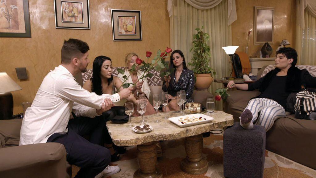 Sergio apuesta por un menú clásico de Aranjuez en una cena donde no hay cabida para Víctor