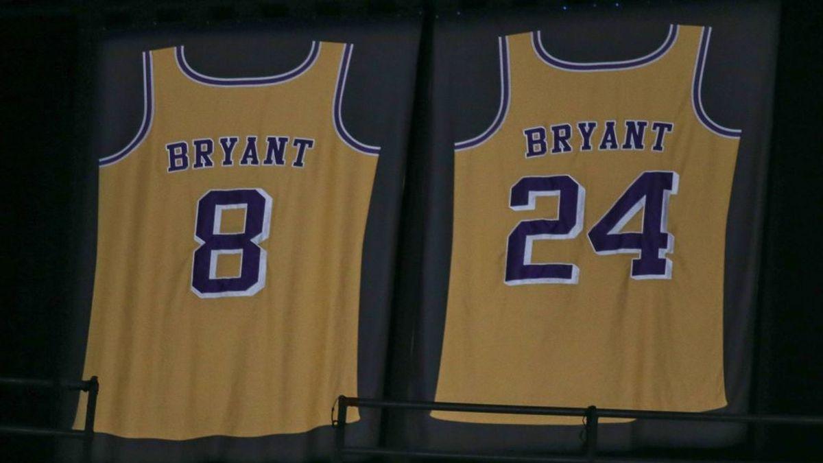 """El homenaje a Kobe Bryant en un examen de matemáticas: """"Anotó 6 triples, 10 tiros libres y 16 canastas de dos puntos"""""""