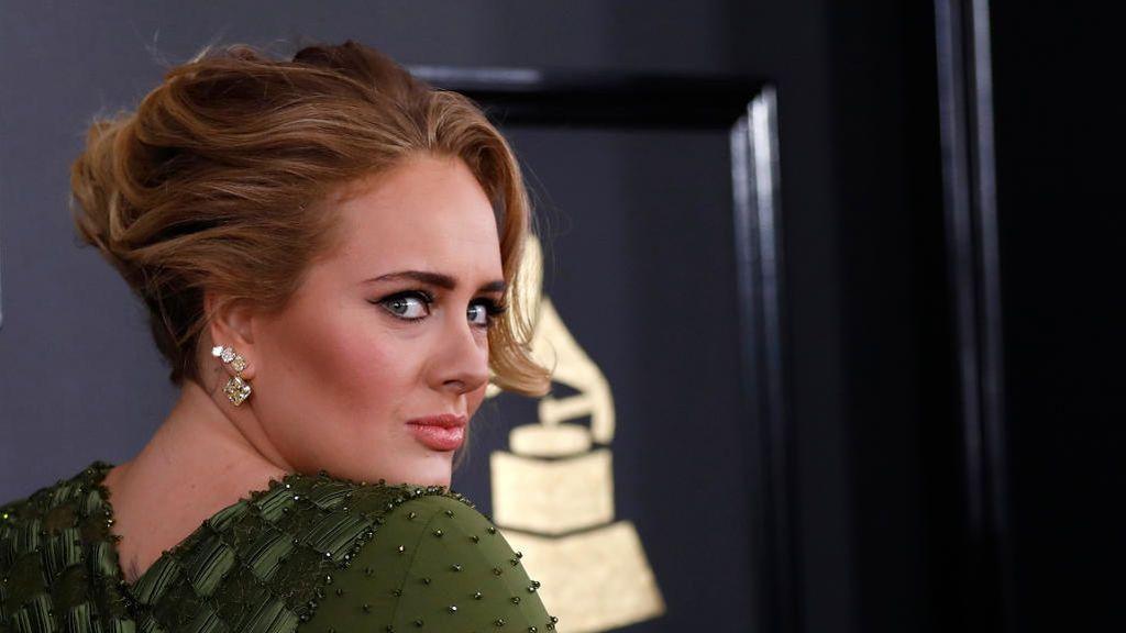 Una irreconocible Adele sorprende al mundo con su pérdida de peso