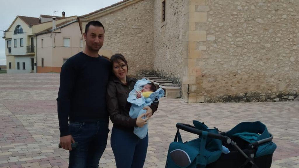 El pueblo que ha visto nacer un bebé después de 40 años