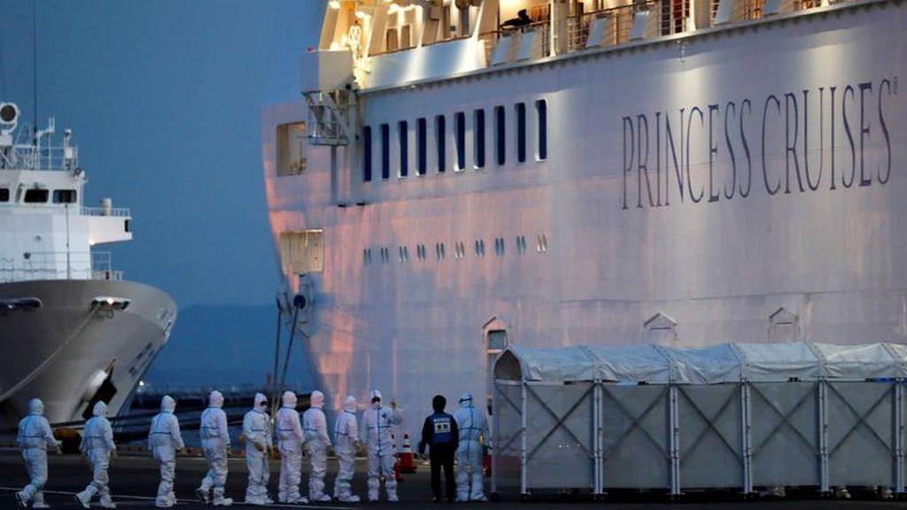 Ascienden a 285 los casos confirmados por coronavirus en el crucero 'Diamond princess' de Japón