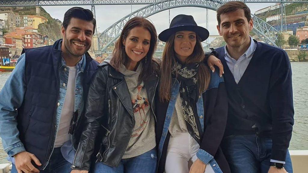 La visita de Paula Echevarría a Sara Carbonero, en fotos
