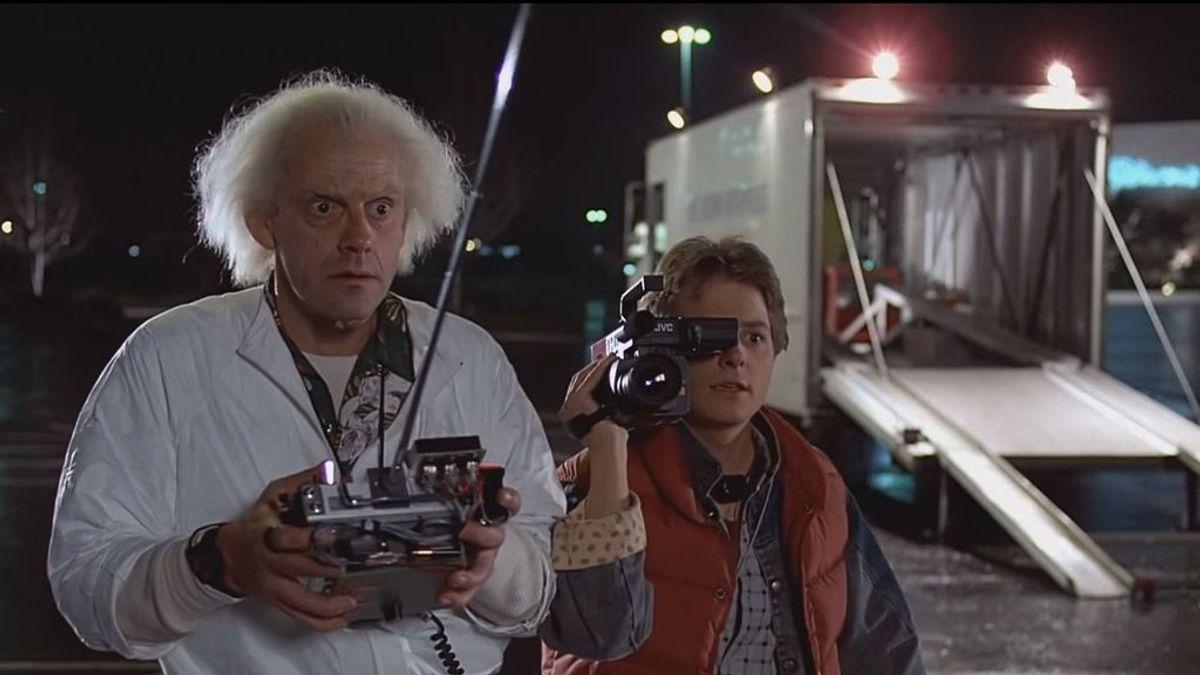 Proponen 'remake' de Regreso al futuro con Robert Downey Jr y Tom Holland y los fans reaccionan