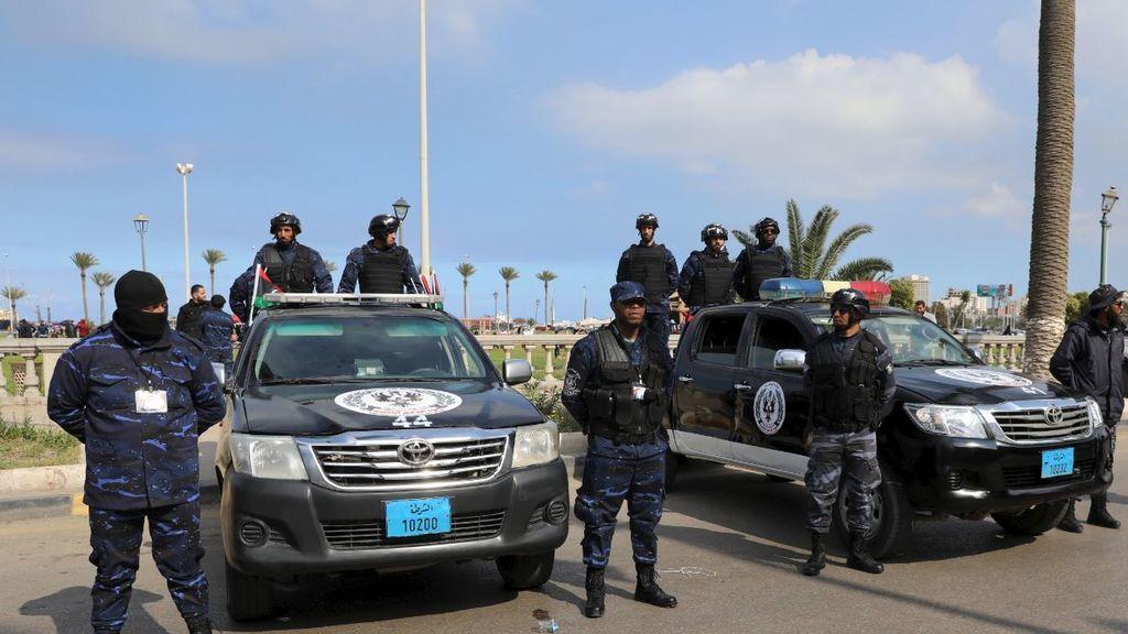 La UE acuerda crear una nueva misión naval en el Mediterráneo que garantice el embargo de armas en Libia