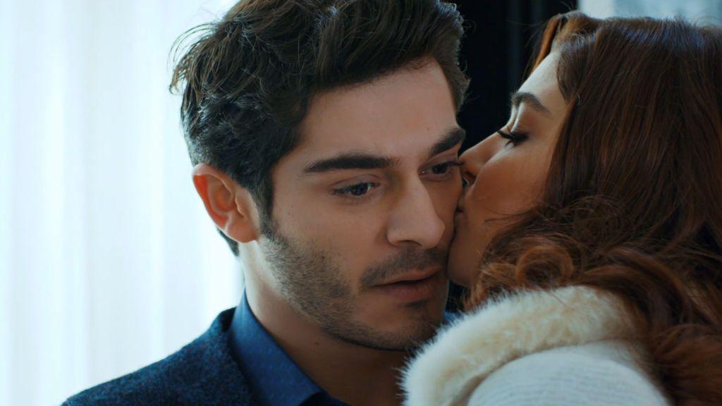 Hayat se plantea tener un bebé con Murat