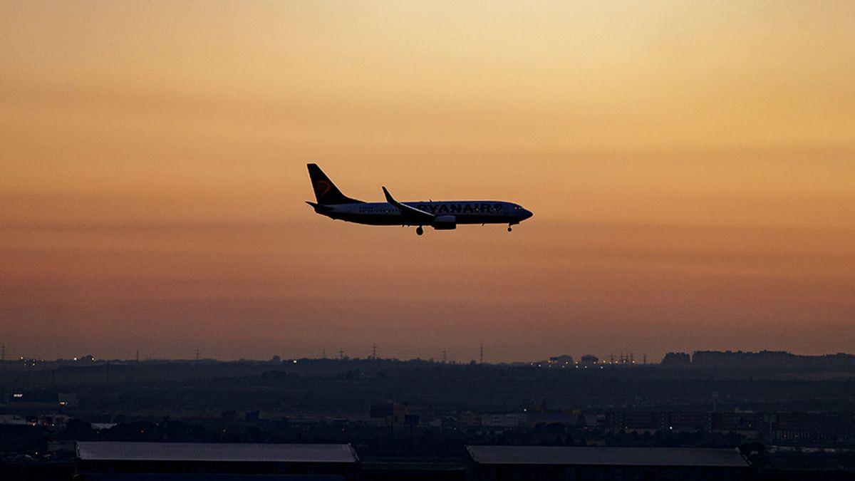 Penalizar a los que más vuelen, una de las propuestas ecologistas para reducir el impacto de la aviación