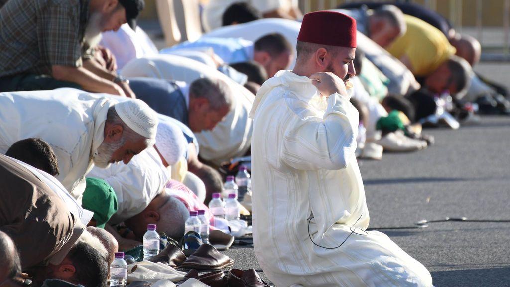 El número de musulmanes residentes en España supera los 2 millones por primera vez