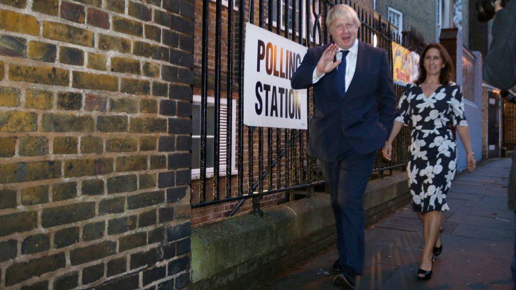 Boris Johnson formaliza su divorcio tras dos años de negociación económica con su exmujer