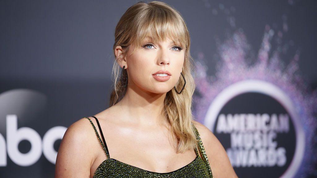 El padre de Taylor Swift se enfrenta a un ladrón que intentó robar en su ático