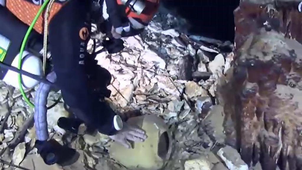 Un grupo de arqueólogos descubre un yacimiento romano en una cueva de Mallorca