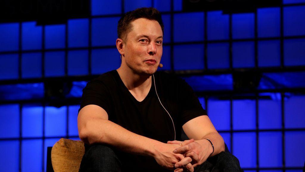Peleas de millonarios: la rabieta de Elon Musk, dueño de Tesla, contra Bill Gates por culpa de un cochazo