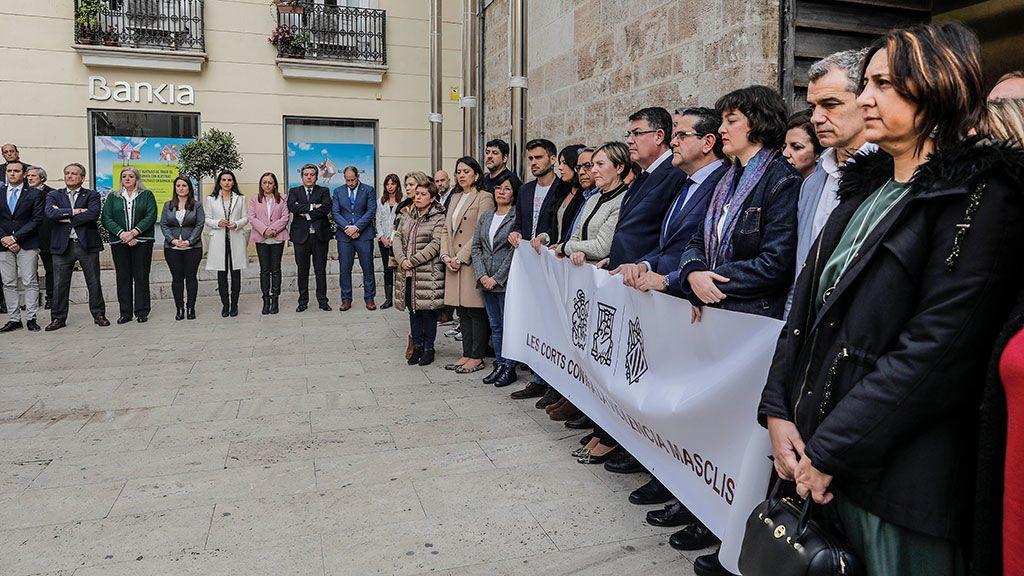 Vox, separado del resto en el minuto de silencio por la mujer asesinada en Moraira