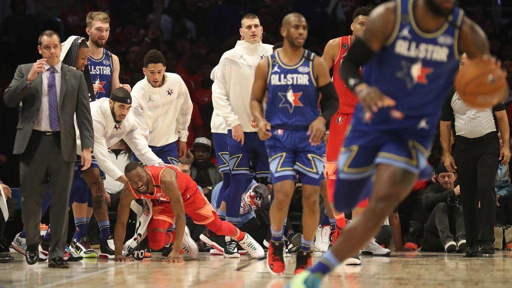 """El All-Star de la NBA, desde dentro: """"Quedaos donde estáis y dejad a LeBron James hacer el trabajo"""""""
