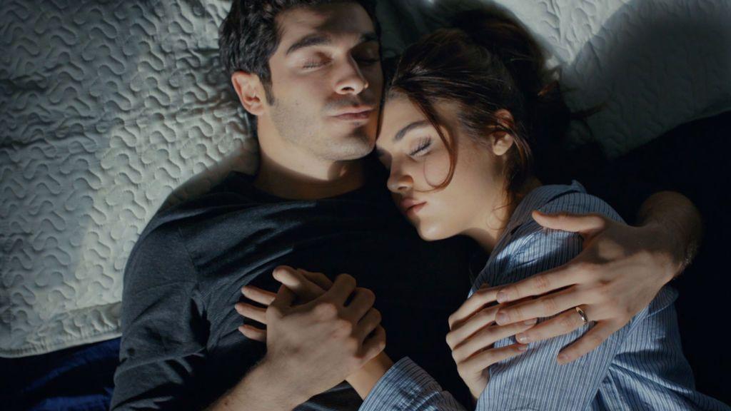 El romántico amanecer de Hayat y Murat