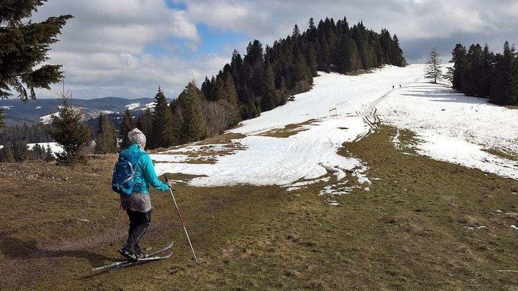 El calor complica la temporada de esquí: el estado de la nieve obliga a cerrar varias pistas