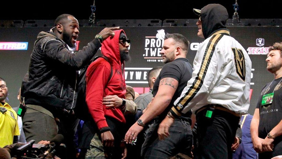 Tyson Fury y Deontay Wilder se pelean en rueda de prensa antes del combate