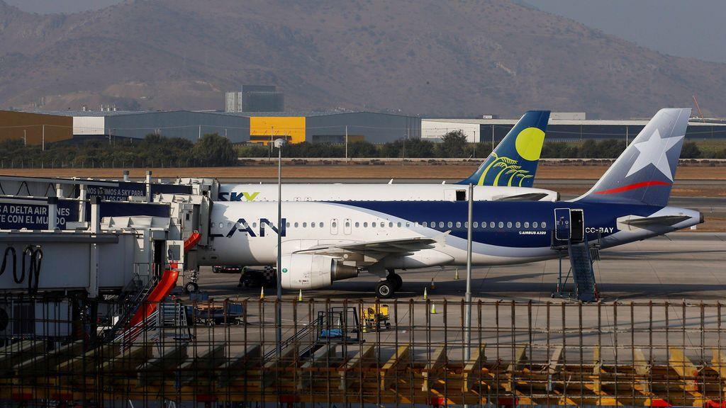 Muere de un infarto durante un vuelo Madrid-Santiago de Chile que tuvo que aterrizar de emergencia en Brasil
