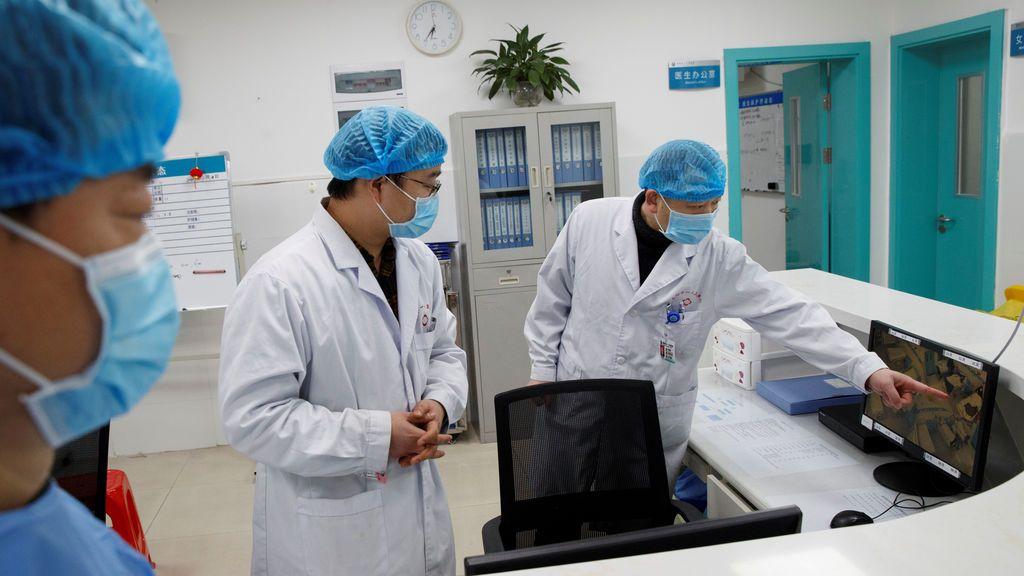 Muere por coronavirus un médico de un hospital de Wuhan que recibía a los pacientes contagiados