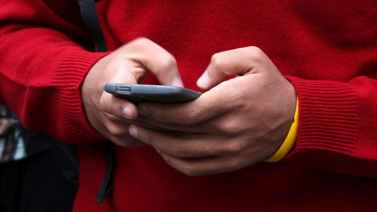 Investigan a dos menores por difundir una fotografía íntima de otra menor en las redes sociales