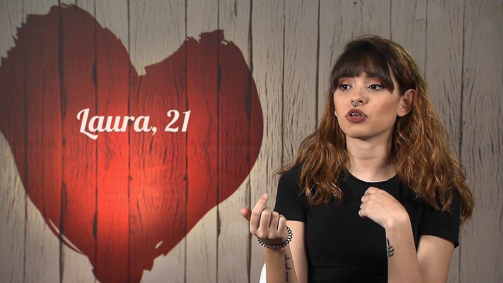 """Laura habla de sus """"talentos sexuales"""" con Víctor: """"Con los brackets se me ha complicado bastante el tema"""""""