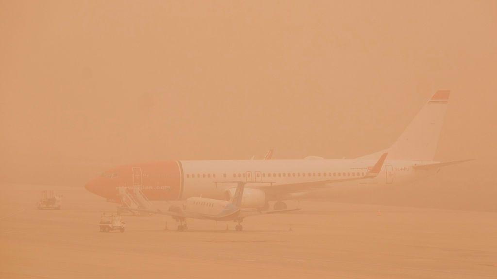 La calima obliga a cerrar el aeropuerto de Gran Canaria