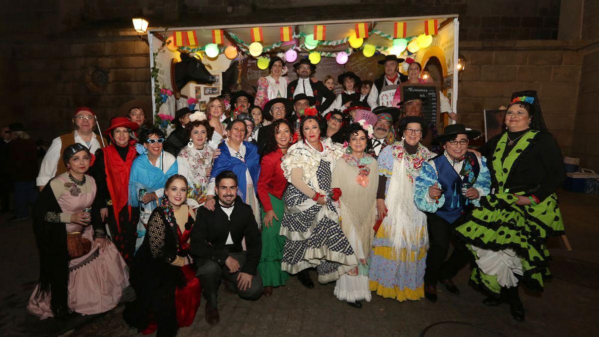 36 años disfrazándose juntos: la peña de carnaval que mueve masas y pasa del regaetton