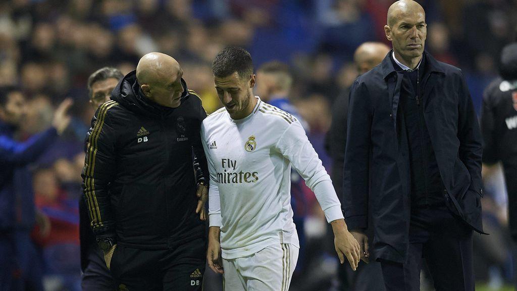 Hazard podría perderse toda la temporada y la Eurocopa si pasa por el quirófano